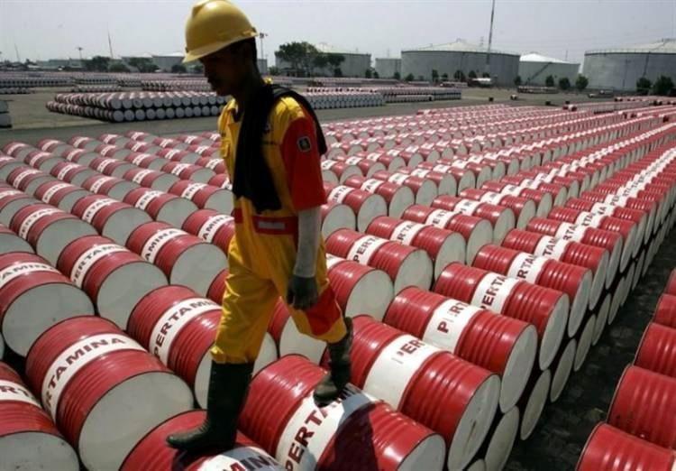 مصرف نفت 10 درصد کاهش یافت