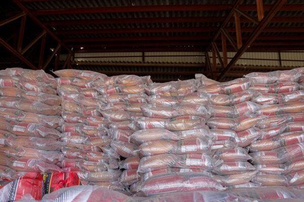 کشف انبار ثبت نشده برنج وارداتی در بیرجند