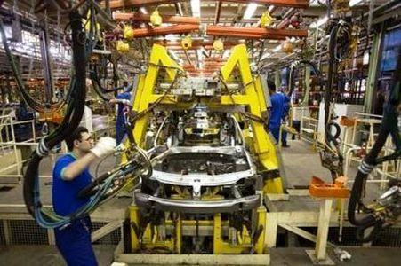 عرضه 1040 میلیارد تومان سهام خودروسازان ، شرکت های زیرمجموعه خودروسازان واگذار می گردد